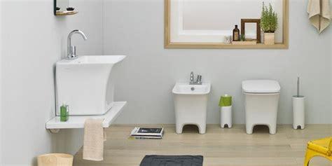 sanitari bagni piccoli salvaspazio per il bagno water e bidet piccoli cose di casa