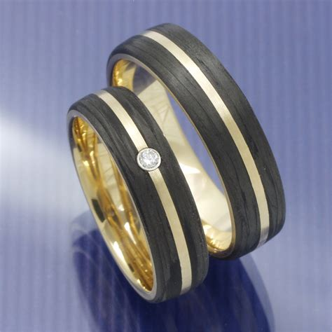 Eheringe Trauringe by Eheringe Shop Trauringe Aus 585 Apricotgold Und Carbon