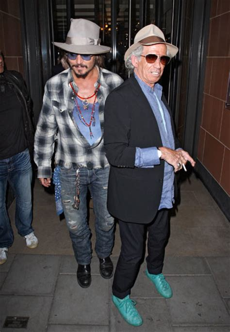 keith richards biography johnny depp johnny depp and keith richards hook up in london gigwise
