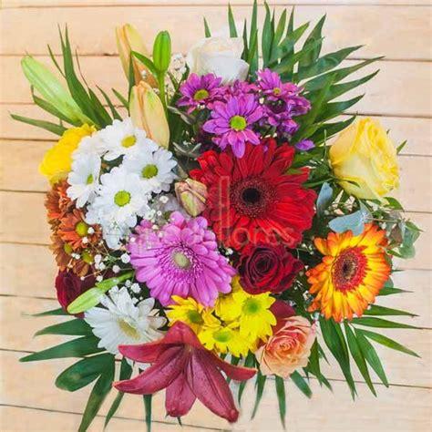 Imagenes Rosas Variadas | ramo qdf de flores variadas multicolor