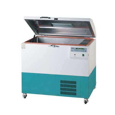 Floor Shaking lab companion heated floor model shaking incubator 250 l