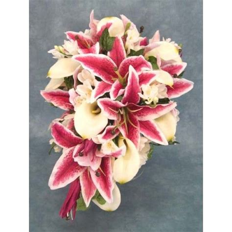 17 best ideas about white lilies on lilies 17 best ideas about stargazer bouquet on