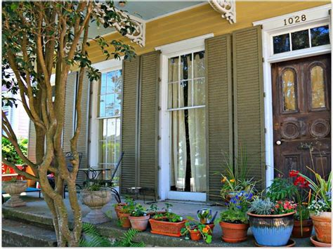 bloombety new orleans style home decorating porches new
