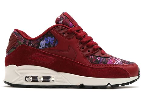 Nike Airmax 90 Flower nike air max 90 floral team 881105 600 sneaker bar