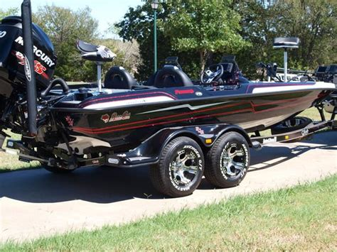 small fishing boats for sale on olx 190 best images about boats on pinterest bass boat