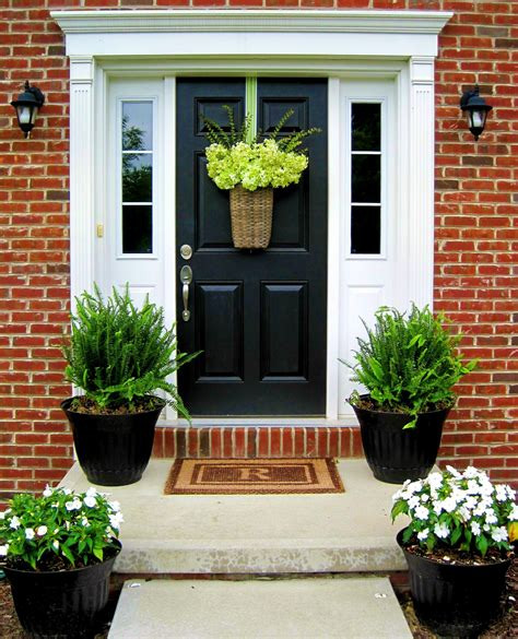 Porch Planters Ideas by Best 25 Front Door Plants Ideas On Front