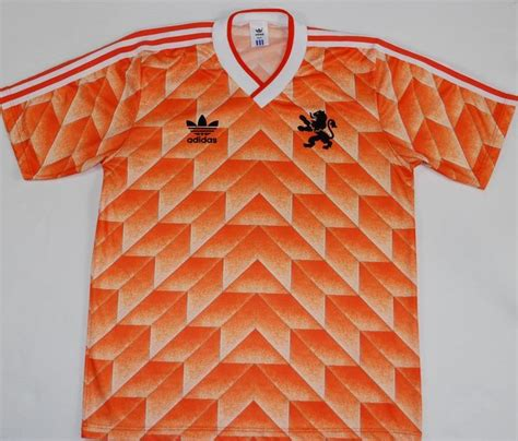 25 best ideas about retro football shirts on
