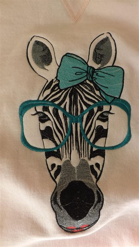 embroidery and applique designs zebra free embroidery design animals machine