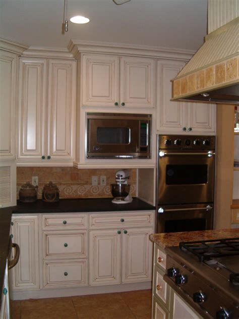 armstrong kitchen cabinets armstrong kitchen cabinets armstrong cabinets traditional kitchen detroit by