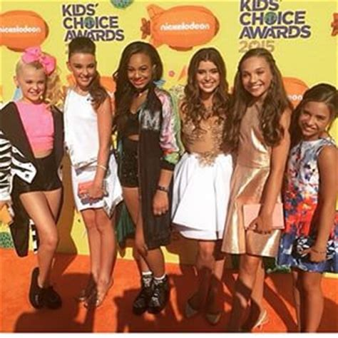 what are all of the dance moms kids doing now 2015 kids choice awards 2015 dance mom s pinterest mom