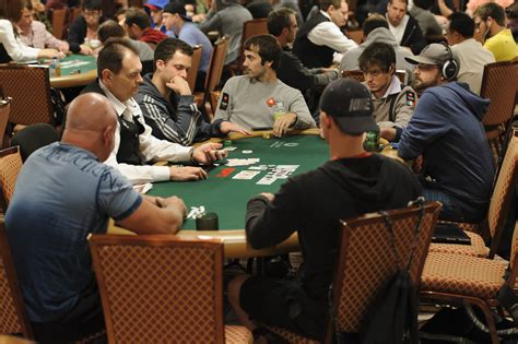 play poker  maniacs  find  game pokernews