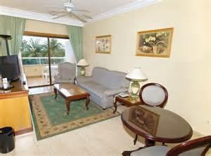 Guest Bedroom En Ingles Suite Picture Of Hotel Riu Palmeras Bung Riu Palmitos