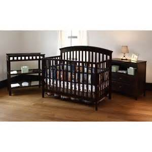 Baby Bed With Changing Table And Price Summer Infant Fairfield Crib Changing Table And Dresser 3 Pc