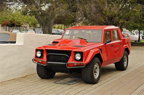 Lamborghini Lm 02 by Lamborghini Lm Photos Informations Articles Bestcarmag