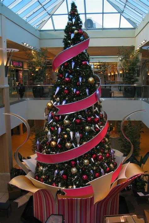 tree shopping this tree in this shopping mall is created with
