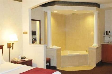 comfort suites newark airport comfort suites newark nj ewr airport hotel parking