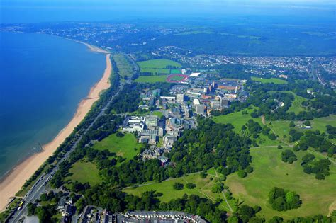 Swansea Mba by Swansea Universities In The Uk Iec Abroad
