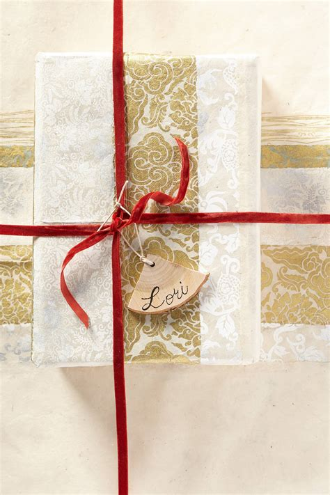 Cards And Gift Wrap - anthropologie s christmas arrivals cards gift wrap topista