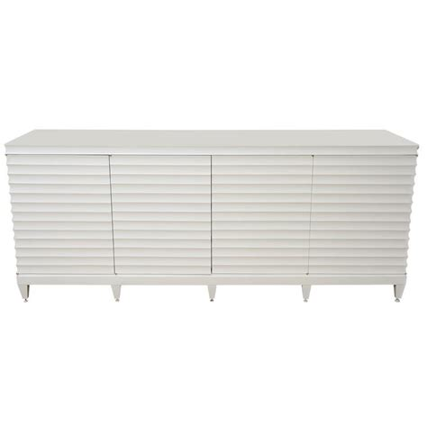 white lacquer buffet cabinet 62 best lacquer liscous images on credenzas