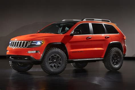 jeep grand cherokee cing 2013 jeep grand cherokee trailhawk ii concept pictures