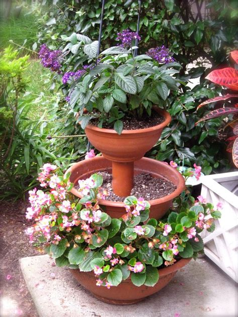 Inexpensive Outdoor Planters by 17 Best Images About Tiered Stand Planter Ideas On