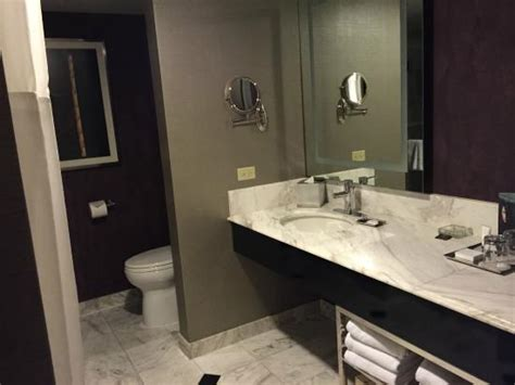 Mgm Grand Bathroom by Bathroom Picture Of Mgm Grand Hotel And Casino Las