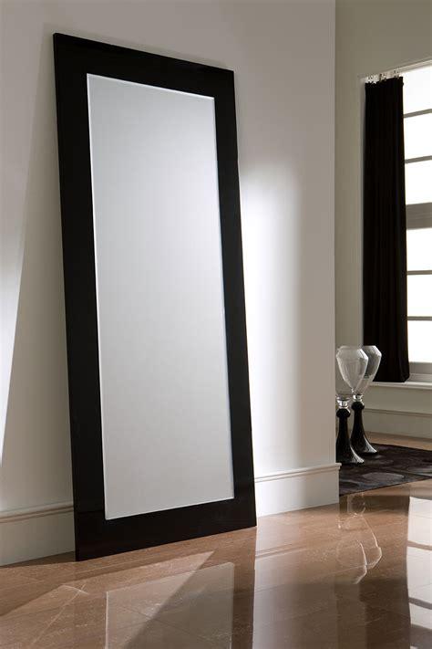 Bien Tapis De Salon Blanc #5: Miroir-laque-design-jenny-zd2-z.jpg