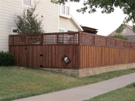 Garden Wall Fencing Board On Board Fence With 2 Lattice Top And Retaining