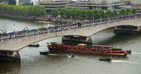 river thames queen queen elizabeth ii photos photos diamond jubilee