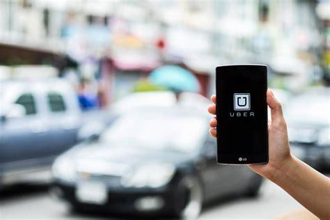 barcelona uber uber vuelve a operar en barcelona despu 233 s de tres a 241 os