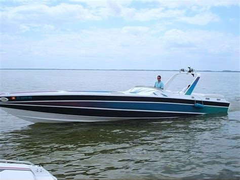 scarab cigarette boat 16 best wellcraft scarabs and cigarette boats images on