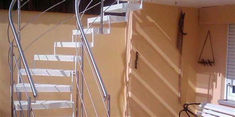 wendeltreppe geländer aussen treppen treppe 1