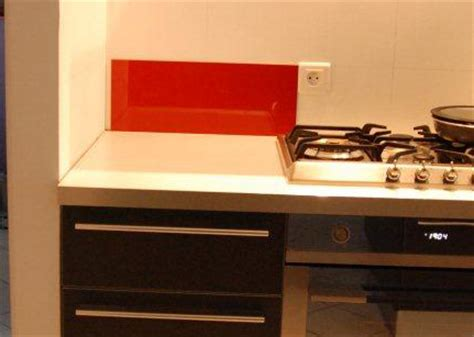 prise 駘ectrique cuisine d 233 coupe prise 233 lectrique sur carrelage