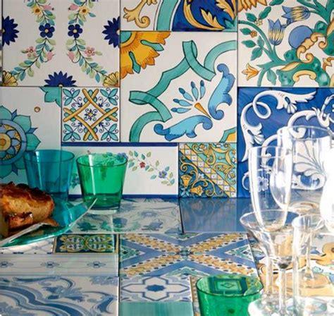 piastrelle colorate per cucina scegli le piastrelle di vietri in cucina