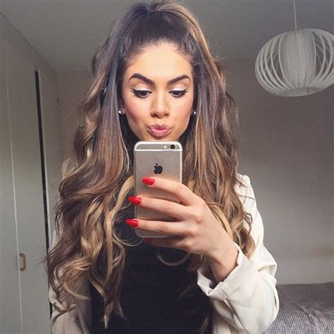 what hair color is good a mexican 78 images about selfie ideas on pinterest her hair