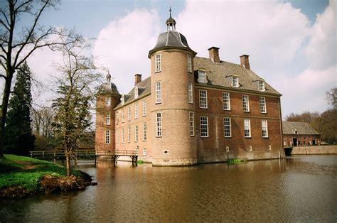 en k k file kasteel slangenburg jpg wikimedia commons
