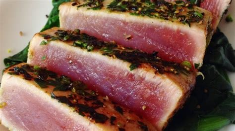 Steak Tuna pan seared tuna steak