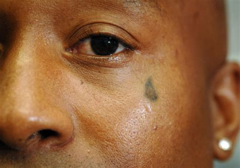 teardrop tattoo designs 25 magnificent tear drop designs creativefan