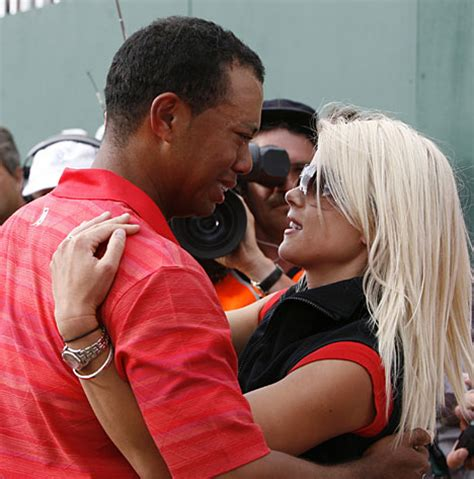 elin nordegren tiger woods ex wife watched the polo ponies in elin nordegren gets 750m in tiger woods divorce