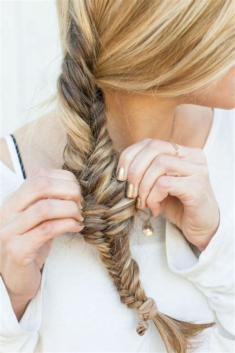 easy hairstyles with box fishtales loose fishtail braid hair pinterest