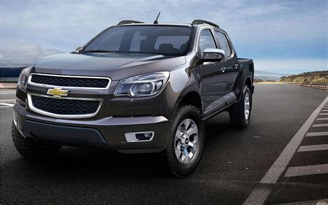 chevrolet make new chevrolet colorado trailblazer make european debut in
