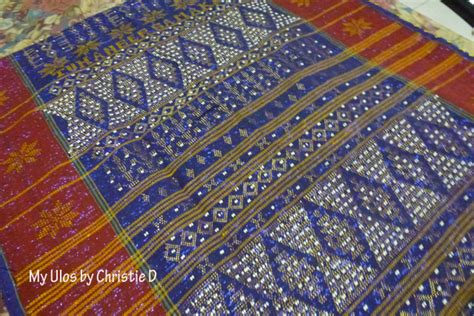 Ulos B ulos batak salah satu kain tradisional indonesia selain batik yang juga sarat makna