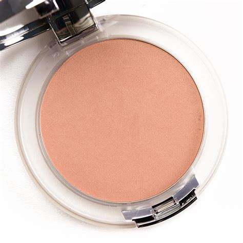 Clinique Powder clinique golden glow uplighting illuminating powder review