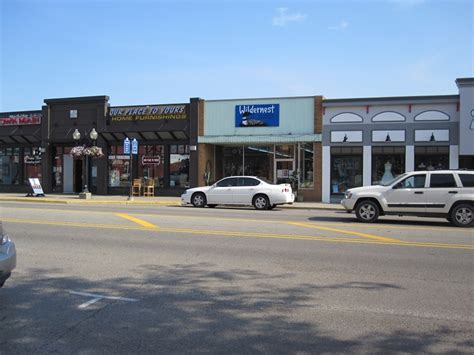 downtown brighton michigan top 10 reasons why i love it