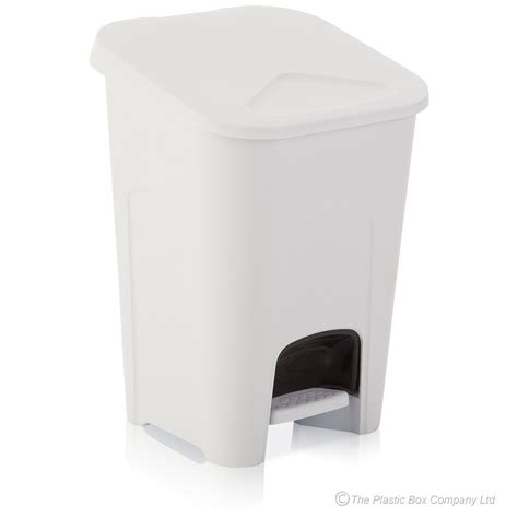 White Plastic Bathroom Bin by Buy 16lt Large White Pedal Bin With Removable Inner