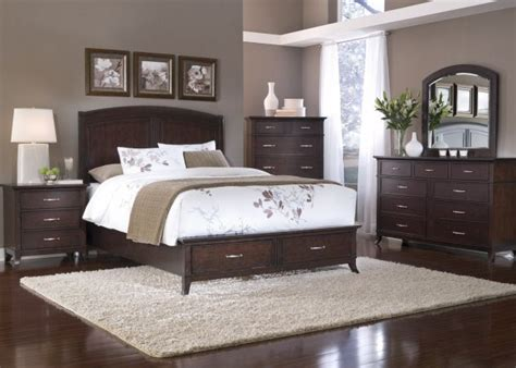 Grey Bedroom With Black Furniture Best 25 Brown Furniture Ideas On Brown