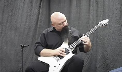 learn great guitar solos learn how to make any guitar solo sound better