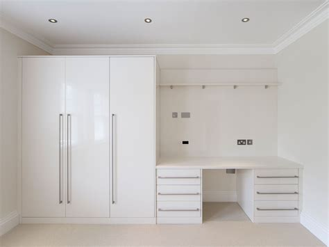 Bedroom Fitted Wardrobes Designs Fitted Wardrobes Custom Fitted Furniture Metro Wardrobes