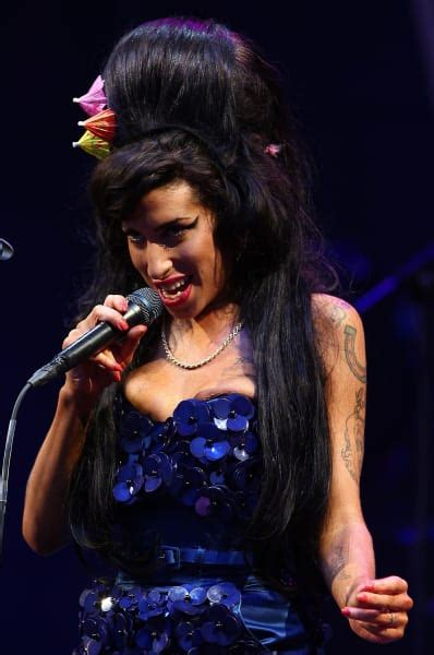 Winehouse Cause Of Detox by Mitch Winehouse Died Of Detox Seizure The