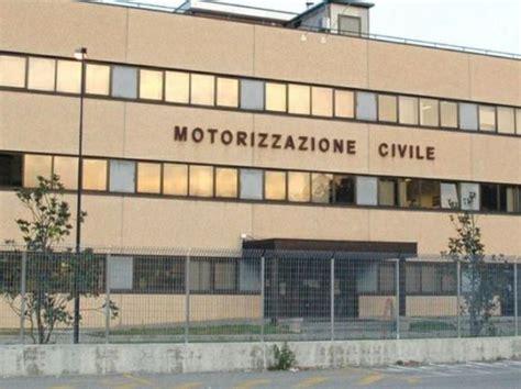 ufficio motorizzazione civile roma napoli motorizzazione civile 6 dipendenti su 10 hanno